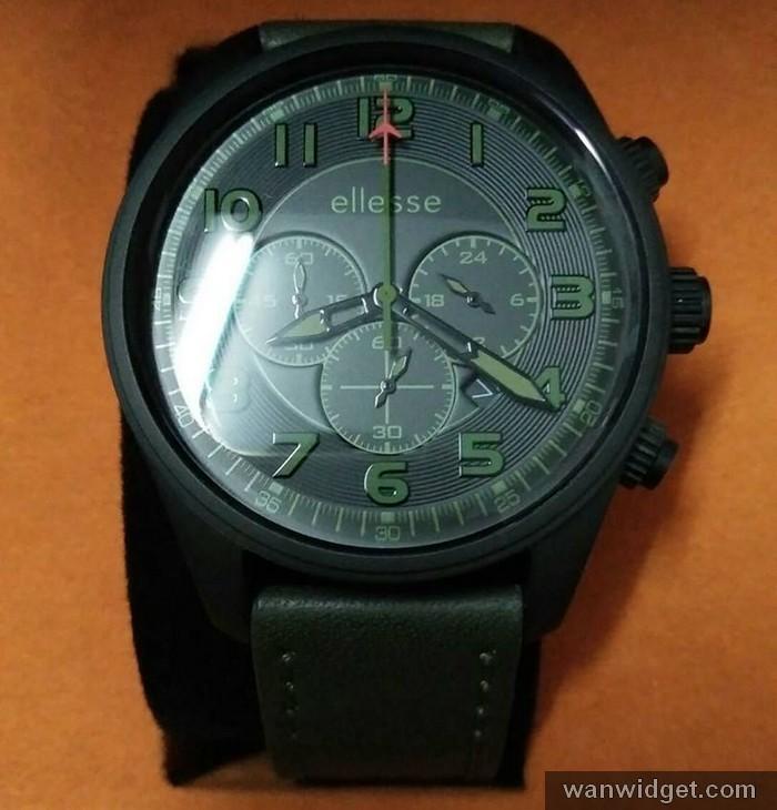 Beli jam tangan jenama Ellesse di kedai jam