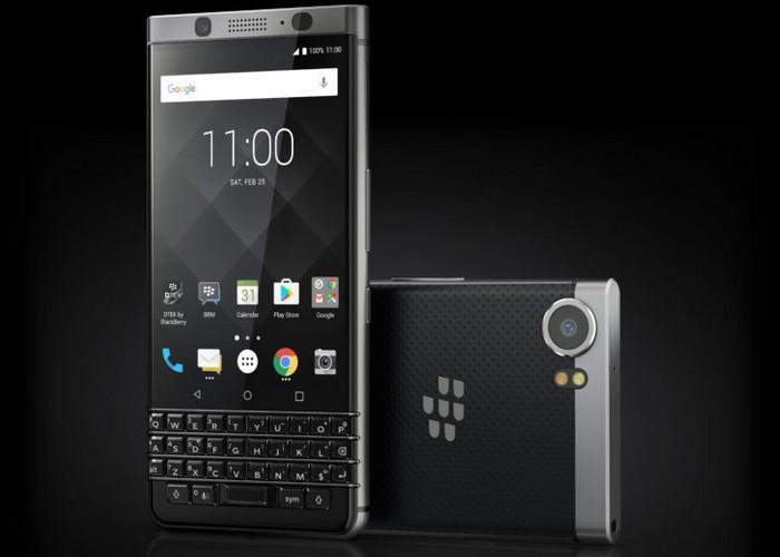 Image gambar sebenar android smartphone BlackBerry KeyOne